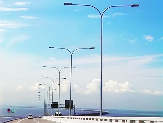 f-lightpole